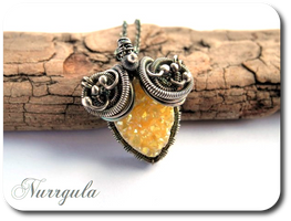 Yellow sunny Quartz druzy and silver necklace by nurrgula