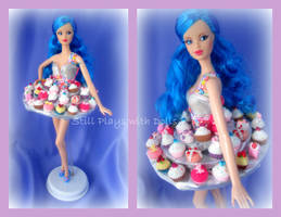 Cupcake Barbie by arkohio
