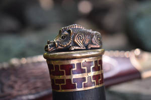 The boar pommel of Bishop's Boar by Heisenblade