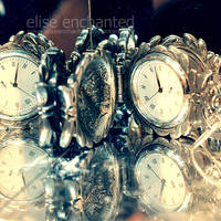 Reversed time by EliseEnchanted