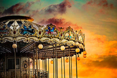 Carrousel by EliseEnchanted
