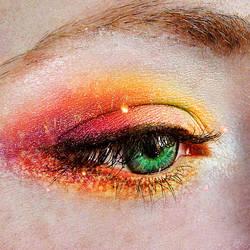 Eyes of emerald green by EliseEnchanted