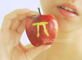 Apple Pi by JeanFan