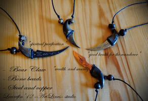 Bear  claws with blades by Laurefin-Estelinion