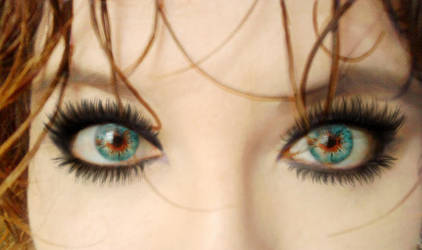 behind a look... by lebasiara