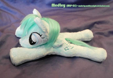 Medley Beanie Plush by Wolflessnight