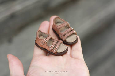 Sandals for a doll by striped-box