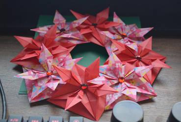 Modular Origami Christmas Wreath by Denierim