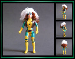 rogue (vintage POP style) custom figure by nightwing1975