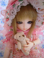 Mary Dollsen, my first BJD by smileybeat