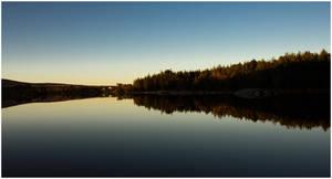 Perfect reflection by Jikul