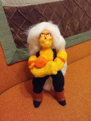 Posable Jasper plushie flexing by feltgood