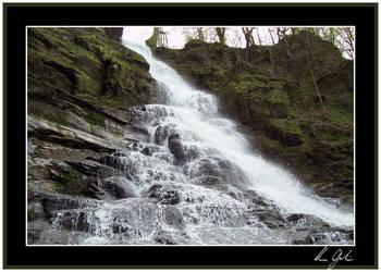 Pratt's Falls by all4shawnyg