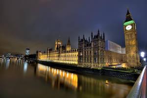 London at N8 I by Aerostylaz