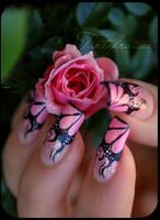 nail art pink flames by Tartofraises