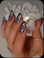 baroque nails by Tartofraises