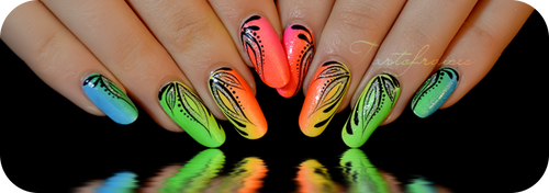 Miami beach Nail art by Tartofraises