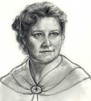 Molly Weasley by LMRourke
