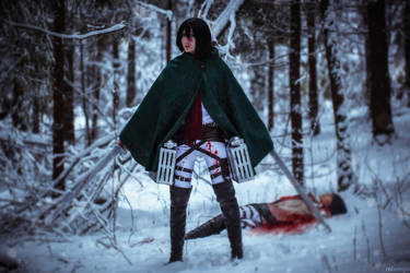 Winter cosplay: Mikasa and Eren by Tovarish-N