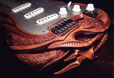 strat carving by vankuilenburg
