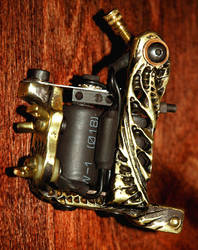 tattoo machine carving by vankuilenburg