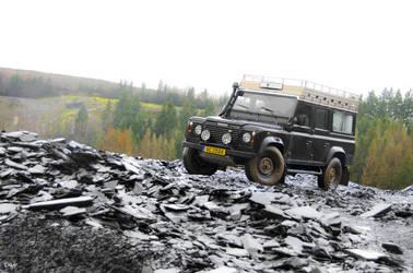 Land Rover Defender by diddylux