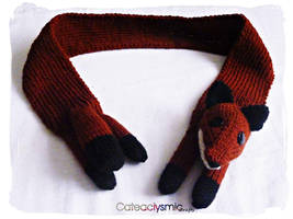 Red Fox Scarf by Cateaclysmic