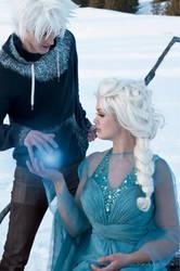 JELSA COSPLAY - Winter spell by WhiteRavenCosplay