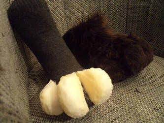 fursuit sockpaws WIP by Dragonfire16