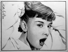 Audrey Hepburn by X-TeO-X
