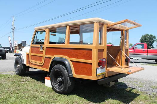 Woody Jeep by SwiftysGarage