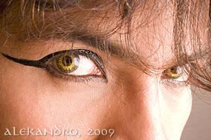 Ojos by Alekandro