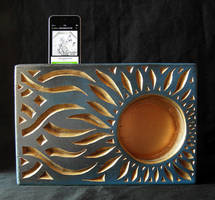 IPOD WOODEN PASSIVE AMPLIFIER - SUNFLOWER! by MassoGeppetto