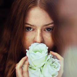 Anna's portrait by losesprit