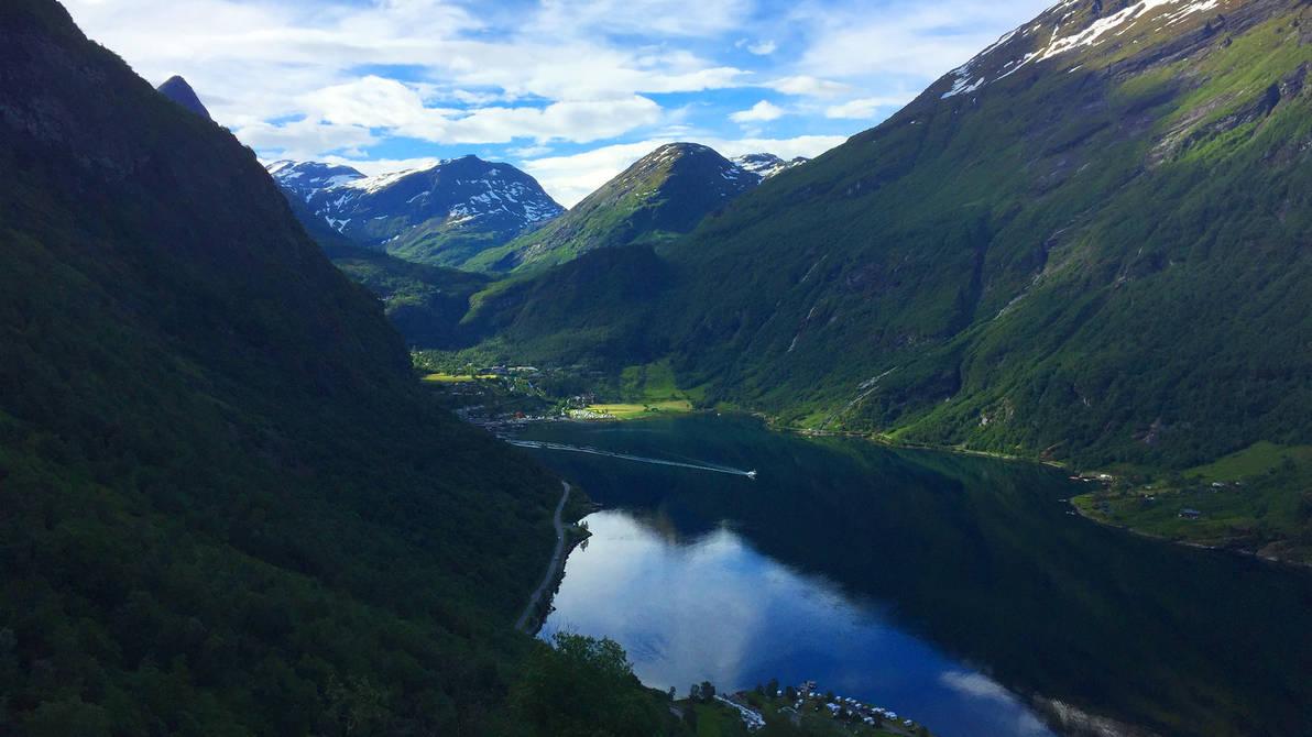 Geirangerfjord, Norway by RockLou