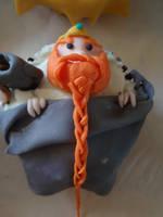 bronzebeard cupcake by Elliesmeria