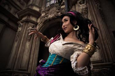 Esmeralda by mizukimochizuki
