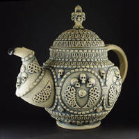 Gothic Tea-pot by TheTrespasser