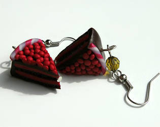 Rapsberry Cake by cirelin