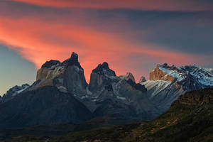 Cuernos del Paine by Michaelthien
