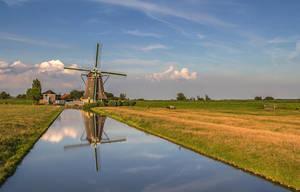 windmill, Maasland, Netherlands by Poulus1967