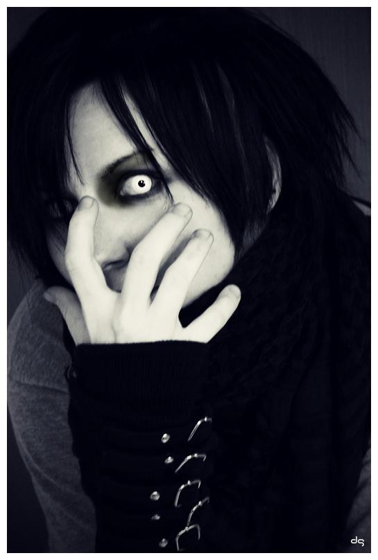 freak-show - 4 by mystic-darkness