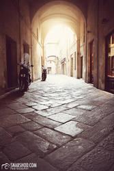 lit arch (Siena) by mystic-darkness
