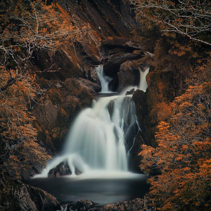 Autumn waterfall by Durdenyr
