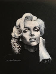 Marilyn black and white by SugarSunset