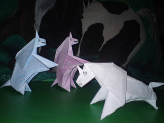 Charlie the Unicorn origami by Maxtine