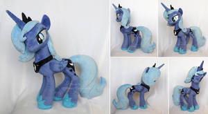 Princess Luna s1 plush by hystree