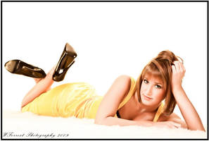 INTHE Yellow by gmesh