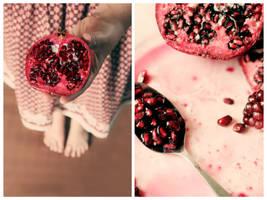 Pomegranate III by sayra