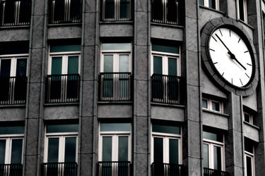 Time by greatinho